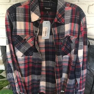 Flannel shirt with FLAWLESS on back👌🏻